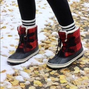 SOREL Torino Winter Boot Buffalo Check Red Black 9